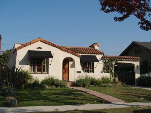 Spanish Bungalow By Newberry Architects Found On Yahoo Image Pages Janey Jennings But Is NOW Calbungalow Photo Gallery Colonial
