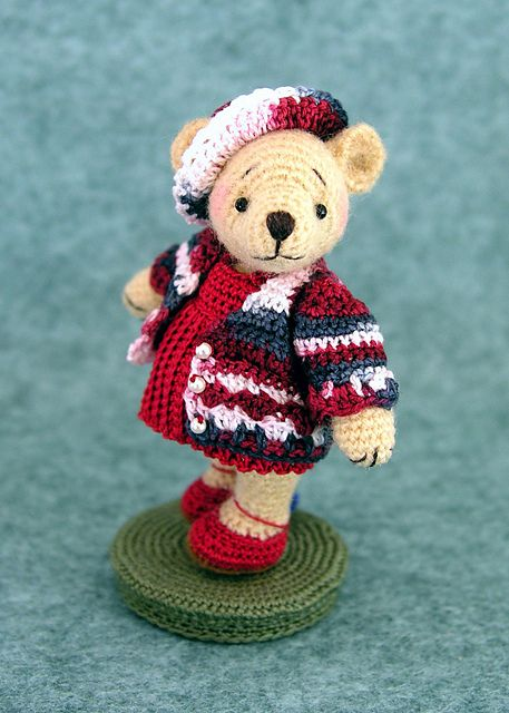 Amigurumi Patterns Teddy Bear : Free teddy bear amigurumi crochet pattern and tutorial
