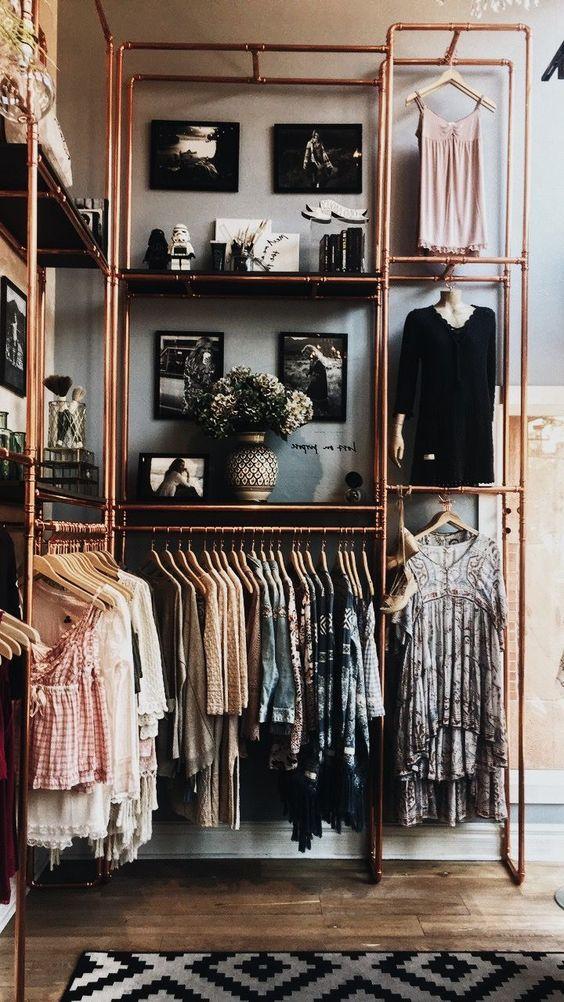 Kupferröhre-Garderobe