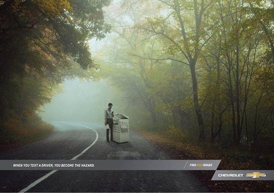 Creatividad Publicitaria: Eres un peligro cuando texteas a un conductor