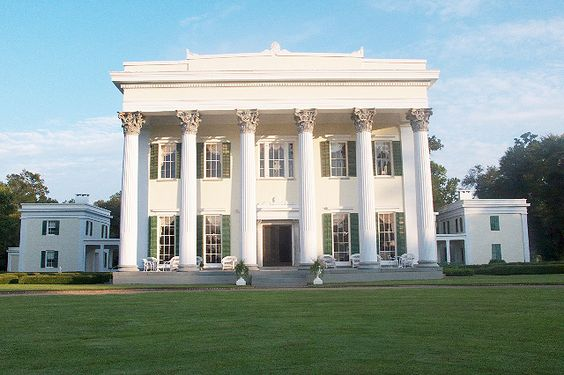 Millford Plantation Near Columbia Sc Its Imposing Facade Features Six Large Carved Corinthian
