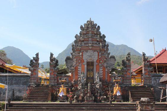 https://flic.kr/p/yPqmCY | Pura Puseh Lan Bale Agung | Temple hindou, près d'Amed, Bali