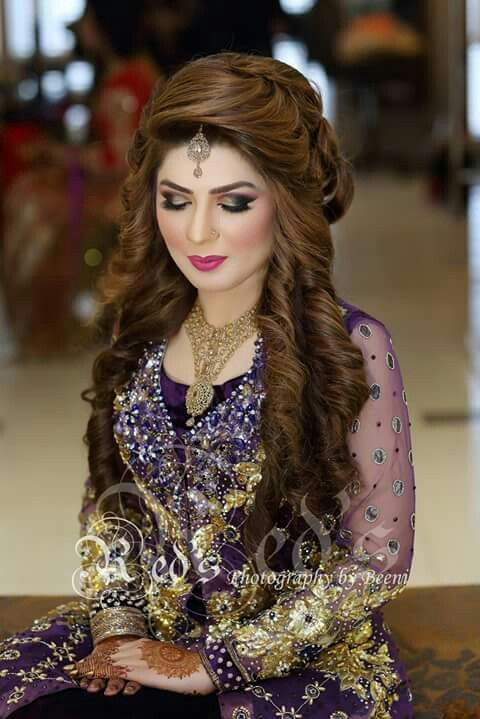 Pin By Afsan Irfan On Heeroin Pakistani Bridal Hairstyles