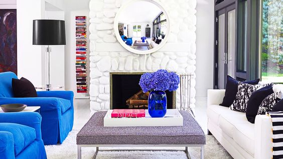 A bright white and blue sitting area by designer Patrick Mele. // #home #decor