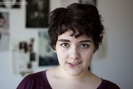 How To Style A Pixie Cut: Random Curls With Curling Iron