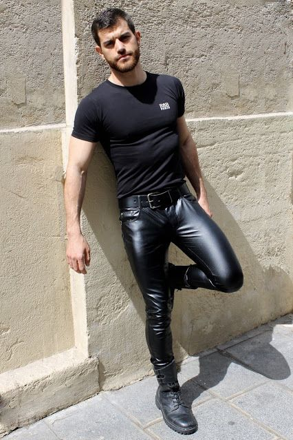 Free gay piss video clips