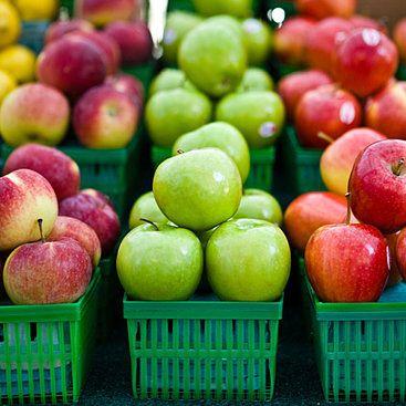 **Heute ist Tag des deutschen Apfels** - Wir feiern heute den Tag des deutschen Apfel. Er wurde 2010 ins Leben gerufen und soll auf den deutschen Apfel aufmerksam machen. Etliche Umfragen bestätigen, dass der Apfel das Lieblingsobst der Deutsch ist. 17 Kg werden pro Haushalt und Jahr verspeist. Zur feier des Tages haben wir hier einmal ... -  http://goo.gl/pxIBOM