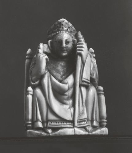 Bishop (Chesspiece), German, Cologne, 14th century, ivory, Berlin, Staatliche Museen zu Berlin (Inv. No. 667). Photo: © bpk / Skulpturensammlung und Museum für Byzantinische Kunst, Staatliche Museen zu Berlin.: