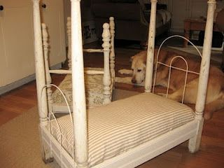 dog bed...so cute with the fence pieces as the head & footboards