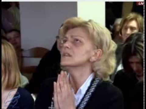 Aparição de Nossa Senhora em 2 de março de 2014 Alguém entre vós está triste?, REZE Está alegre?, Cante: Tiago c. 5 v.13