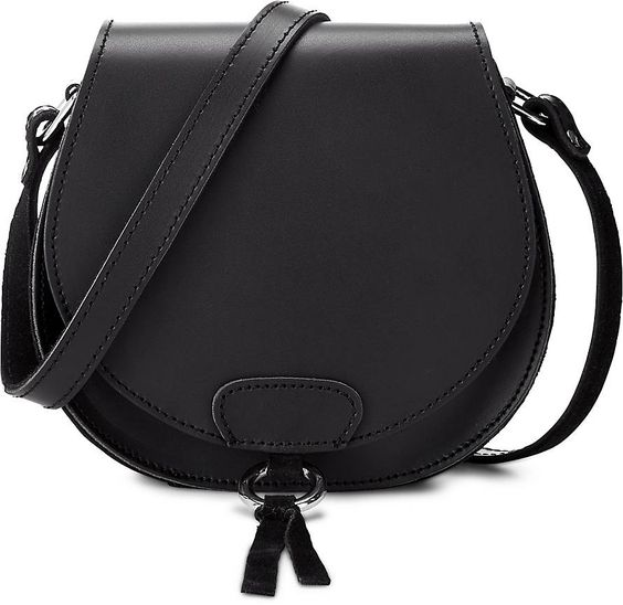 Ob am Abend oder zum Festival, das zeitlose Design dieser Ann Kurz-Tasche wird für Sie dank des Qualitätsleders zum treuen Begleiter. Ein Unikat am Modehimmel!
