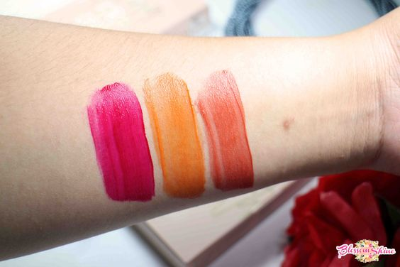 Handswatch Liptint GOBAN (L-R): Daring, Graceful & Loving