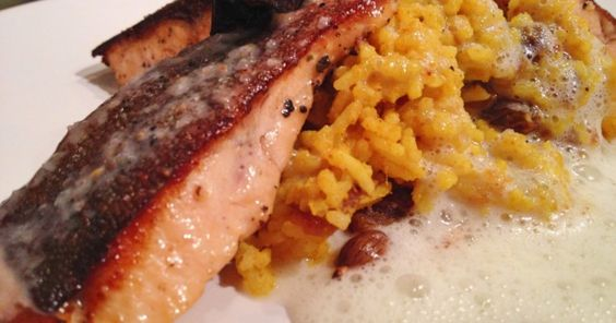 Fischfilets mit Dattelreis und Weißweinschaum. Das Rezept von Danja besticht…
