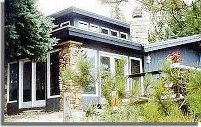 Door County, WI - 650$/night sleeps 20 - The house walking up from the lake