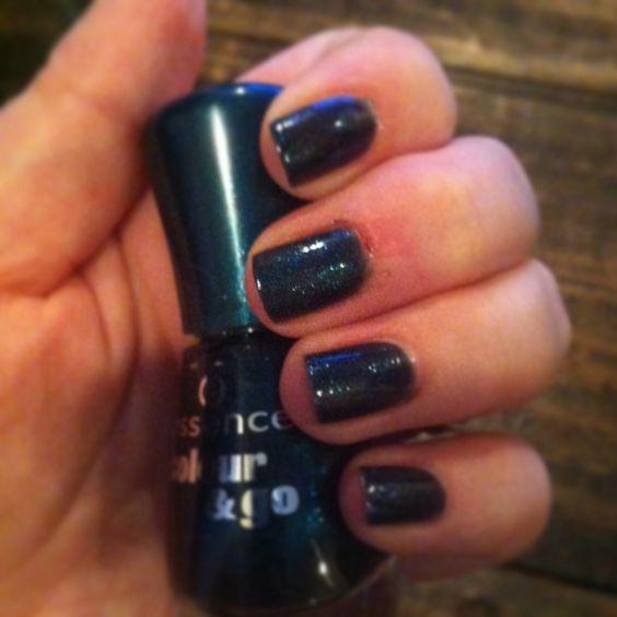 Midnight blue nails