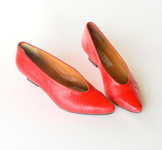 80s Red Designer Pumps Size 8AAA Low Heel Nickels Made in Italy Original Box