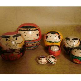 吉兆八方位だるま 誠孝作|Japanese Matryoshka doll 8つのだるまが一つに! 八方位から幸運を集めます。