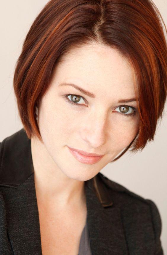 Leigh Gregory (Actress Chyler Leigh)