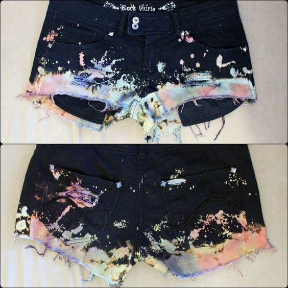 I`ve made my fair share of fancy colored shorts but none like this.<3