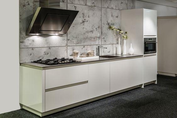 Design Rvs Keukens : Moderne design keuken Met RVS aanrechtblad DB Keukens