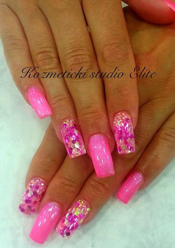 Spring & summer nail art. Pink, glitter
