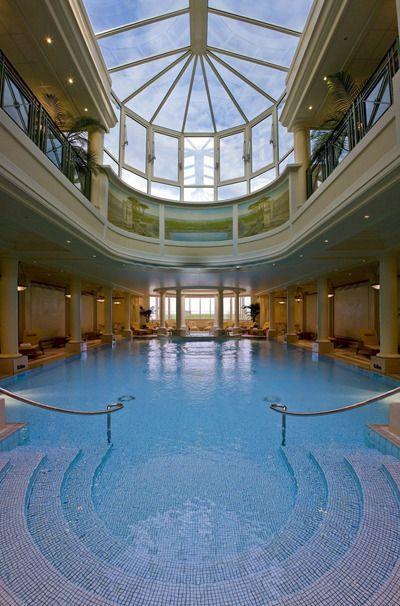 The swimming pool connects the Guerlain Imperial Spa to the Hotel du Palais in Biarritz, France.  /  Le Spa Impérial Guerlain a vu le jour il y a six ans. Aménagé dans un bâtiment où était jadis logé le personnel, il est relié à l'hôtel par une grande piscine intérieure.