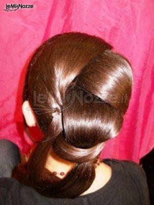 Acconciatura intrecciata raccolta: guarda le idee per i tuo capelli nel giorno del sì >> http://www.lemienozze.it/operatori-matrimonio/trucco_e_acconciatura/conny-tarantino-agrigento/media/foto/2