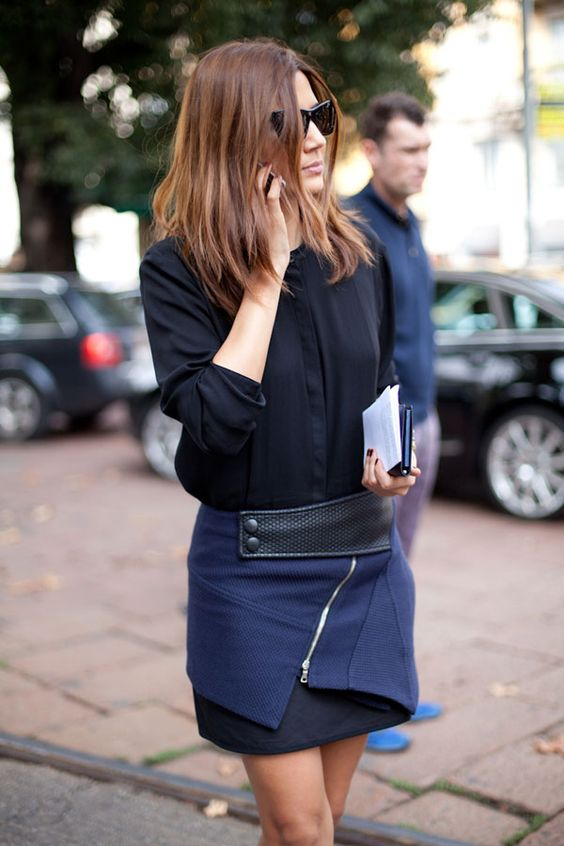 ✕ Navy + black = perfect / #color #blue #style