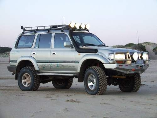 1996 Toyota Landcruiser Ready For Some Underwater Exploration With The Snorkle Atached Oohrah Land Cruiser Toyota Land Cruiser Land Cruiser 80