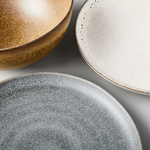 Pin By Dian Wiryono On Ceramic In 2020 Dinnerware Dinnerware Set Plates