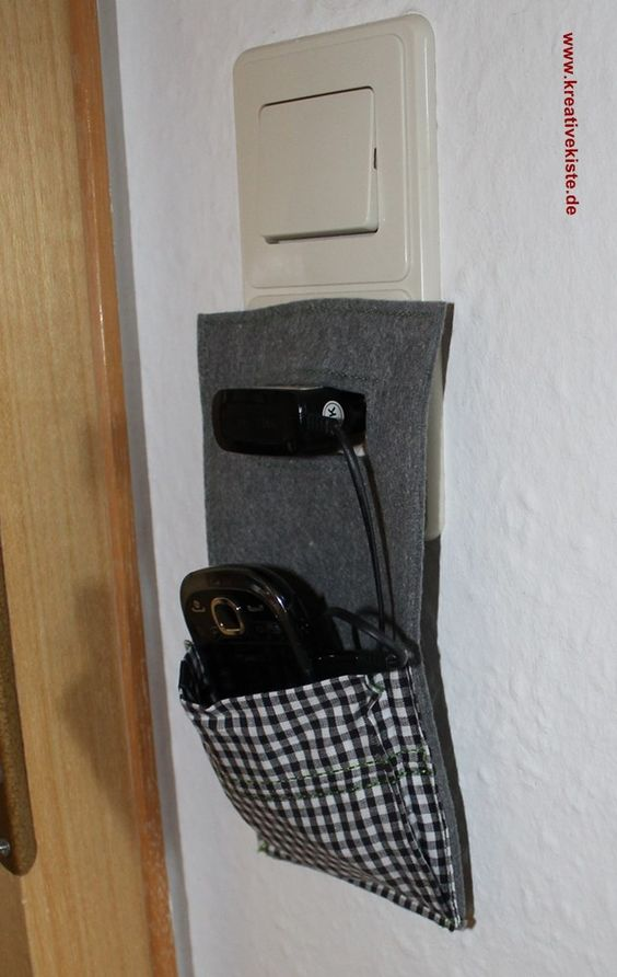 3-Kreative-Handy-Ladestation-stoff-Steckdose-bauanleitung