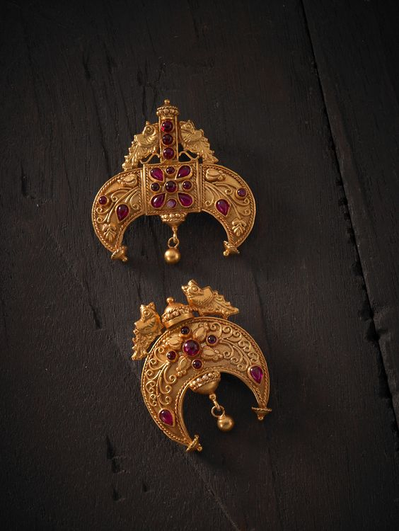 #Traditional design #pendants in #Silver #TempleJewellery at #Kushals #FashionJewellery