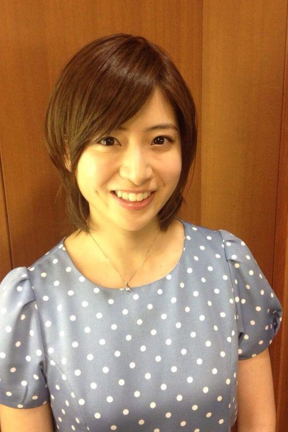 ドット柄ワンピの南沢奈央