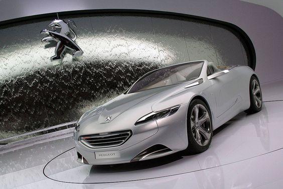 Peugeot's Sleek SR1 Concept