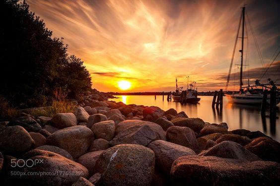 RT TogTweeter: RT: #photography Sunset in Rügen by Hermesxerxes https://t.co/l5sFvopg5b via randydmm #followme #photography