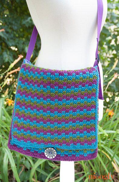 Free Crochet Pattern On Moogly : Mesmerizing Messenger Bag - free crochet pattern on ...