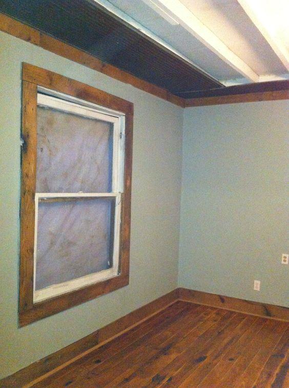 Barn Wood Trimmed Window Barn Tin On Ceiling Casa