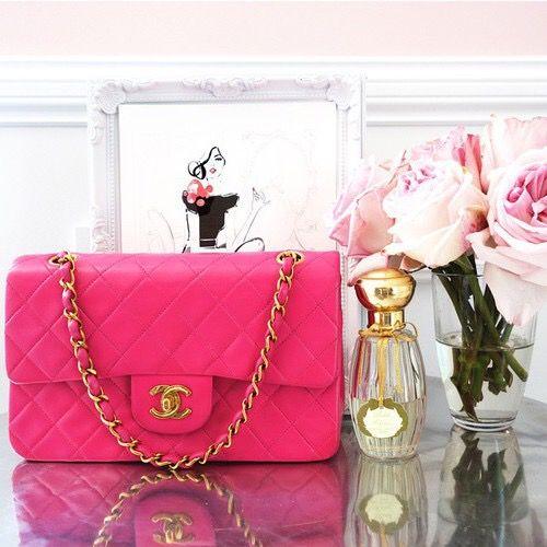 Pin By هيفا قل و On أشياء كيوت Shoulder Bag Chanel Favorite Handbags