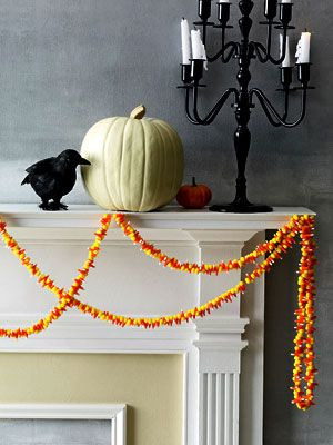 Candy corn garland - Halloween party ideas