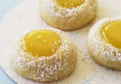 Limon Kremalı Kurabiye tarifi, yaza uygun hafif ve ferahlatıcı bir tarif. İtalyan mutfağının meşhur tarifinin yapımı da gayet pratik. Malzemeler şöyle;