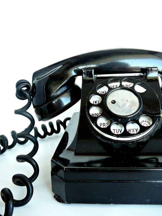 Vintage telephone...had one.