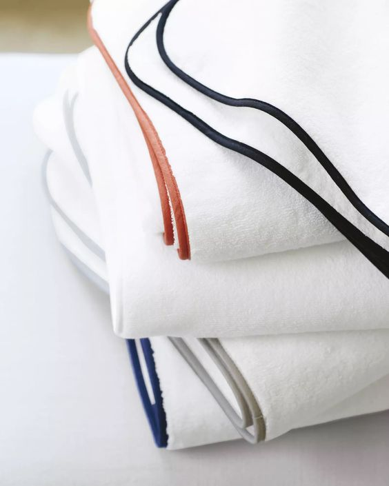 Banded Border Bath TowelsBanded Border Bath Towels