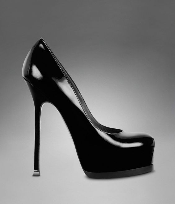 YSL TRIB TOO HIGH HEEL PUMP IN BLACK PATENT LEATHER  Shoes