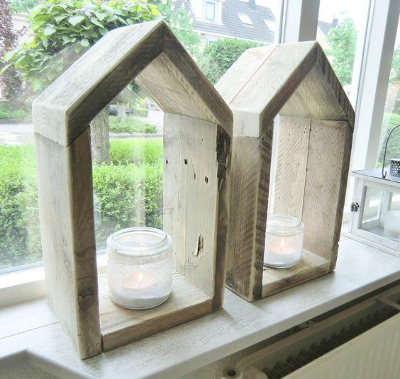 Leuk hoor deco huisje van oud steigerhout 49 cm hoog for Steigerhout vensterbank
