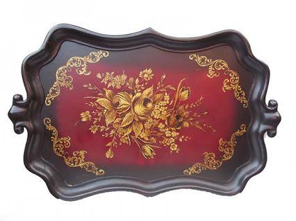 Antiga bandeja retangular veneziana em madeira policromada com pintura nas cores vinho e ouro med. 43x69 cms