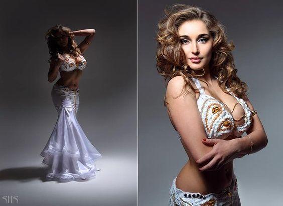 Bellydancer Anastasia Biserova