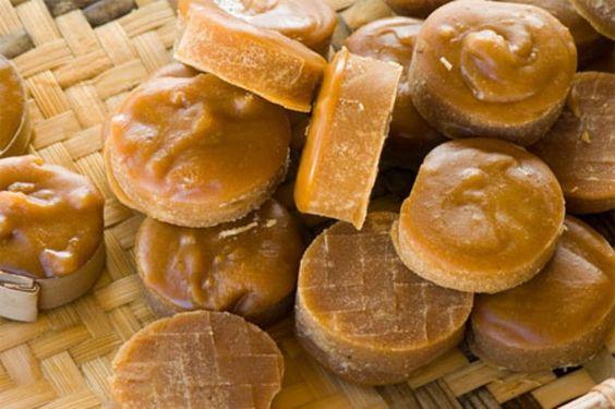 Đường thốt nốt - một đặc sản từ thốt nốt - món đặc trưng của Campuchia