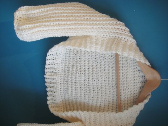 Cream Crochet Shrug Pattern - Look At What I Made