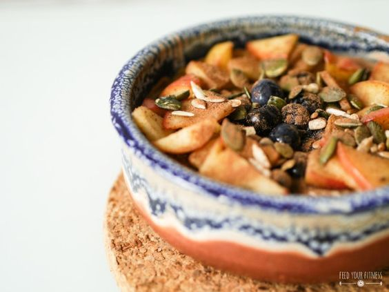 Warmes Quinoa Frühstück - FEED YOUR FITNESS