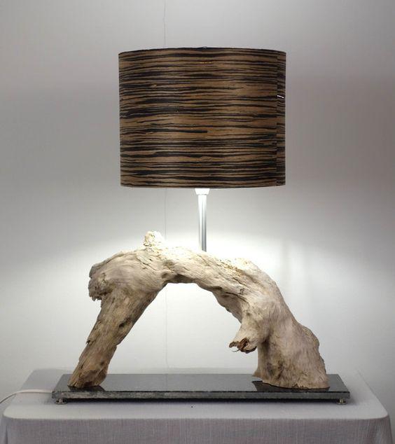 tischlampe aus treibholz tables decoration and home. Black Bedroom Furniture Sets. Home Design Ideas